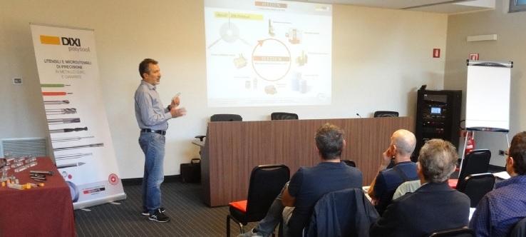 Approfondimenti: Utensili e Attrezzature - I nuovi strumenti della precisione - Fase del seminario DIXI Polytool organizzato da Ridix lo scorso settembre a Cinisello Balsamo (MI).