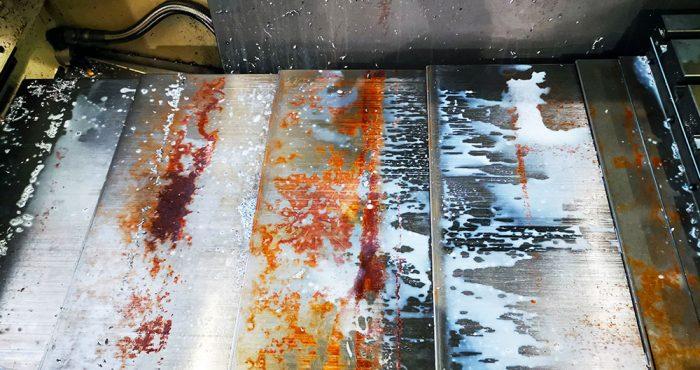 Influenza dell'acqua sui lubrorefrigeranti